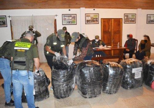 Ocultaban 60 kilos de cocaína en encomiendas